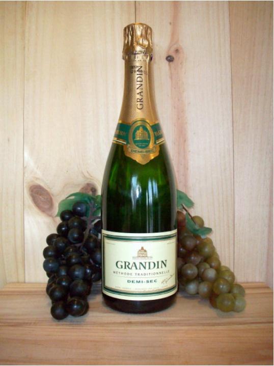 Grandin Classique Medium Sparkling (Demi Sec) (Loire Valley - Anjou)